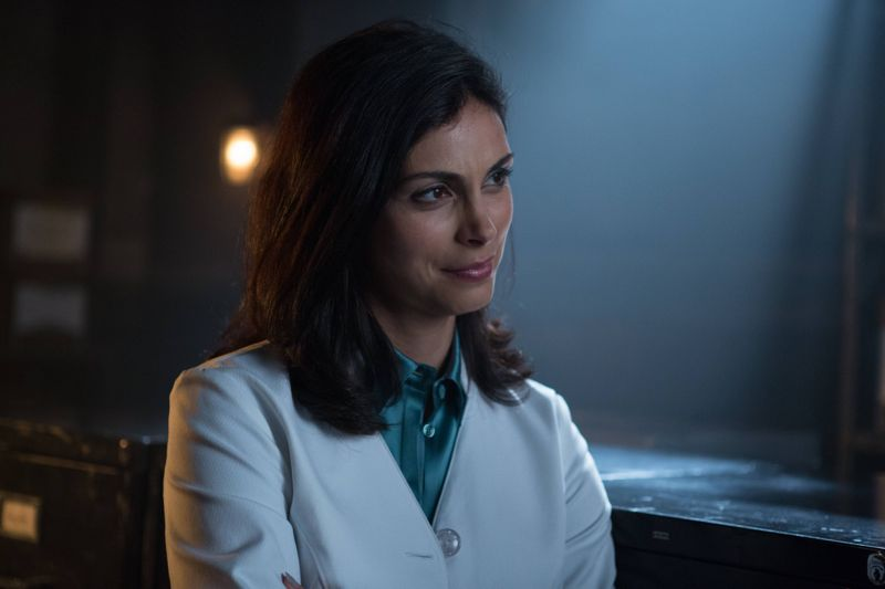 "GOTHAM: L-R: Morena Baccarin in the ""Rise of the Villains: By Fire"" episode of GOTHAM airing Monday, Oct. 26 (8:00-9:00 PM ET/PT) on FOX. ©2015 Fox Broadcasting Co. Cr: Jessica Miglio/ FOX."
