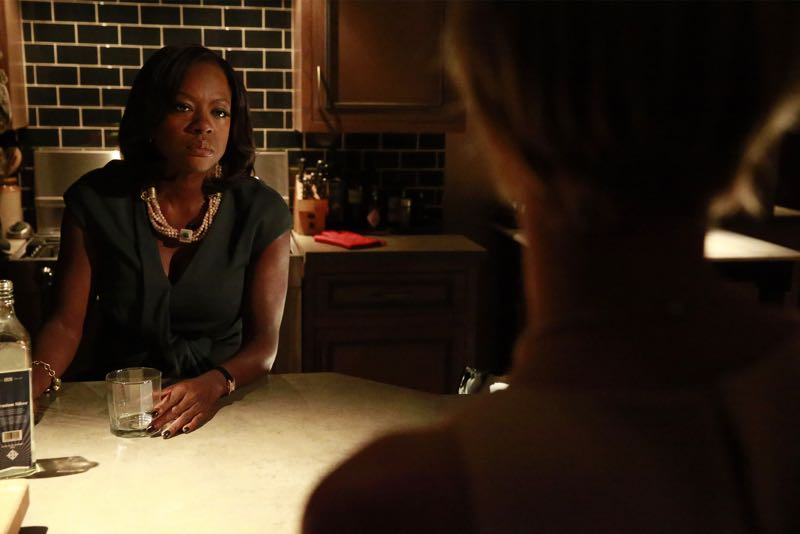 """HOW TO GET AWAY WITH MURDER - """"Two Birds, One Millstone"""" - Annalise takes on a new client, a transgender professor accused of killing her husband. Meanwhile, the Keating 5 are left to handle the Hapstall case and they discover a shocking new suspect, on  """"How to Get Away with Murder,"""" THURSDAY OCTOBER 29 (10:00-11:00 p.m., ET) on the ABC Television Network. (ABC/Richard Cartwright) VIOLA DAVIS, LIZA WEIL"""