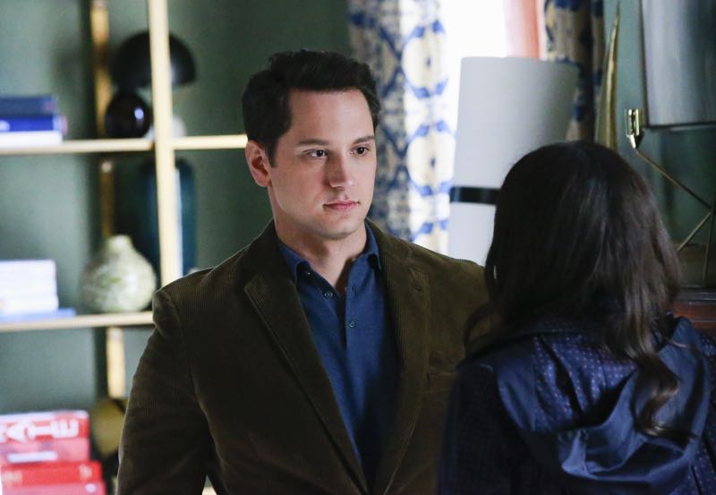 """HOW TO GET AWAY WITH MURDER - """"Two Birds, One Millstone"""" - Annalise takes on a new client, a transgender professor accused of killing her husband. Meanwhile, the Keating 5 are left to handle the Hapstall case and they discover a shocking new suspect, on  """"How to Get Away with Murder,"""" THURSDAY OCTOBER 29 (10:00-11:00 p.m., ET) on the ABC Television Network. (ABC/Mitch Haaseth) MATT MCGORRY, KARLA SOUZA"""