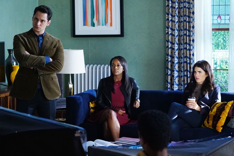 """HOW TO GET AWAY WITH MURDER - """"Two Birds, One Millstone"""" - Annalise takes on a new client, a transgender professor accused of killing her husband. Meanwhile, the Keating 5 are left to handle the Hapstall case and they discover a shocking new suspect, on  """"How to Get Away with Murder,"""" THURSDAY OCTOBER 29 (10:00-11:00 p.m., ET) on the ABC Television Network. (ABC/Richard Cartwright) MATT MCGORRY, AJA NAOMI KING, KARLA SOUZA"""