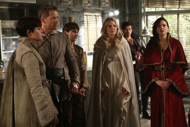 "ONCE UPON A TIME - ""Dreamcatcher"" - In Camelot, as Mary Margaret and David attempt to retrieve the Dark One dagger, Emma uses a dreamcatcher to look into the past to see how Merlin was transformed into a tree. Together, Emma and Regina figure out the critical ingredient they must acquire to free Merlin, but it's a race against Arthur, who does not want Merlin released. Meanwhile, with encouragement from his moms, Henry musters up the courage to ask Violet on a date. Back in Storybrooke, the heroes break into Emma's house hoping to locate Gold, but what they find will give them a glimpse of Emma's end game. Far from prying eyes, Merida sets about the mission Emma has tasked her with and begins molding Gold into the hero they need to draw Excalibur, on ""Once Upon a Time,"" SUNDAY, OCTOBER 25 (8:00-9:00 p.m., ET) on the ABC Television Network. (ABC/Jack Rowand) GINNIFER GOODWIN, JOSH DALLAS, JARED GILMORE, JENNIFER MORRISON, COLIN O'DONOGHUE, LANA PARRILLA"