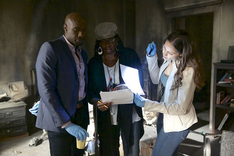 Rosewood_Ep105-BTS_0003