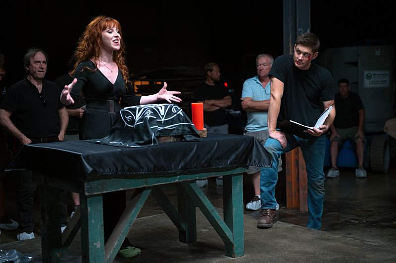 "Supernatural -- ""The Bad Seed"" -- Image SN1101B_0391.jpg -- Pictured (L-R): Behind the scenes with Ruth Connell and Director Jensen Ackles -- Photo: Diyah Pera /The CW -- © 2015 The CW Network, LLC. All Rights Reserved."