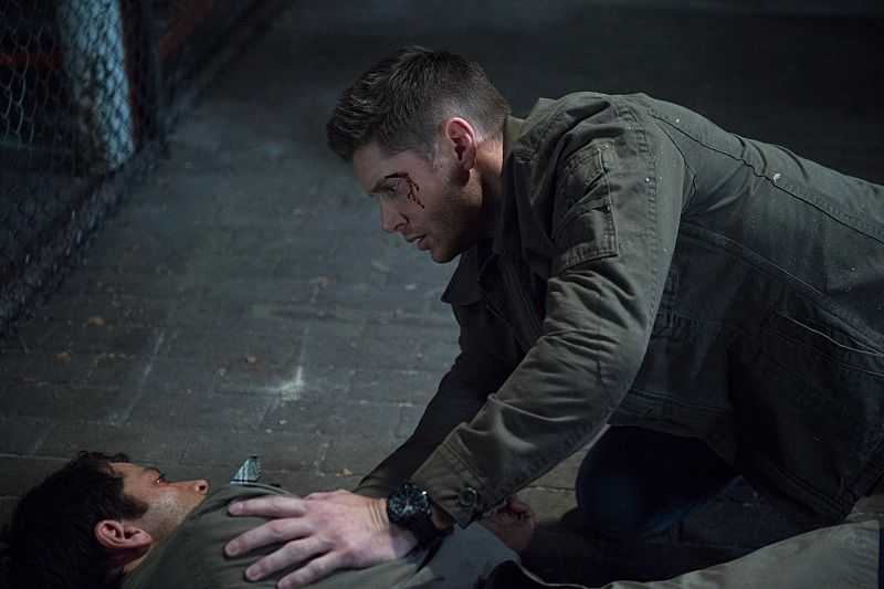 "Supernatural -- ""The Bad Seed"" -- Image SN1101B_0211.jpg -- Pictured (L-R): Misha Collins as Castiel and Jensen Ackles as Dean -- Photo: Diyah Pera /The CW -- © 2015 The CW Network, LLC. All Rights Reserved."