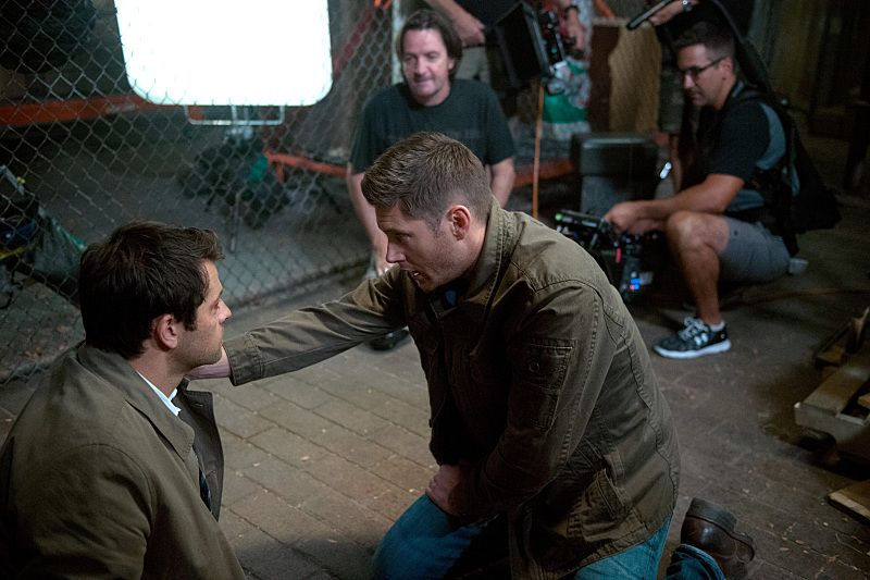 "Supernatural -- ""The Bad Seed"" -- Image SN1101B_0132.jpg -- Pictured (L-R): Behind the scenes with Misha Collins and Director Jensen Ackles -- Photo: Diyah Pera /The CW -- © 2015 The CW Network, LLC. All Rights Reserved."