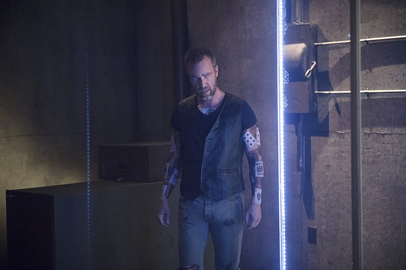 "Arrow -- ""Restoration"" -- Image AR403A_0208b.jpg -- Pictured: JR Bourne as Jeremy Tell -- Photo: Diyah Pera /The CW -- © 2015 The CW Network, LLC. All Rights Reserved."