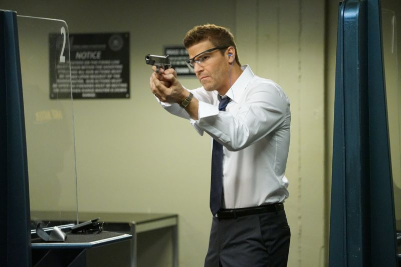 "BONES: David Boreanaz in the ""The Carpals in the Coy-Wolves"" episode of BONES airing Thursday, Oct. 22 (8:00-9:00 PM ET/PT) on FOX. ©2015 Fox Broadcasting Co. Cr: Adam Taylor"