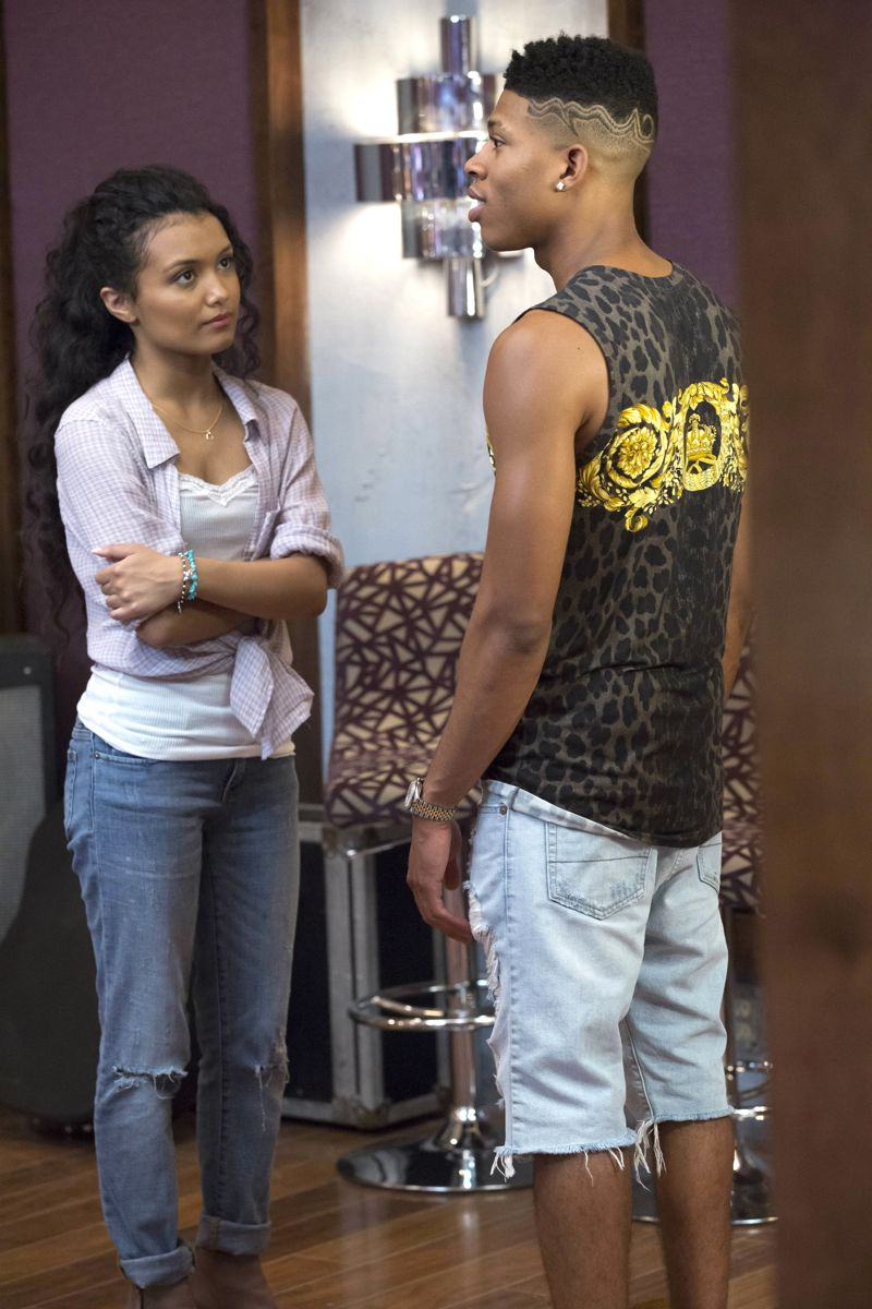 """EMPIRE: L-R: Guest star Jamila Velazquez and Bryshere Gray in the """"Be True"""" episode of EMPIRE airing Wednesday, Oct. 21 (9:00-10:00 PM ET/PT) on FOX. ©2015 Fox Broadcasting Co. Cr: Chuck Hodes/FOX."""