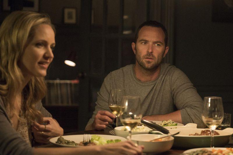 """Blindspot -- """"Split The Law"""" Episode 105 -- Pictured: (l-r) Jordana Spiro as Sarah Weller, Sullivan Stapleton as Kurt Weller -- (Photo by: Barbara Nitke/NBC)"""