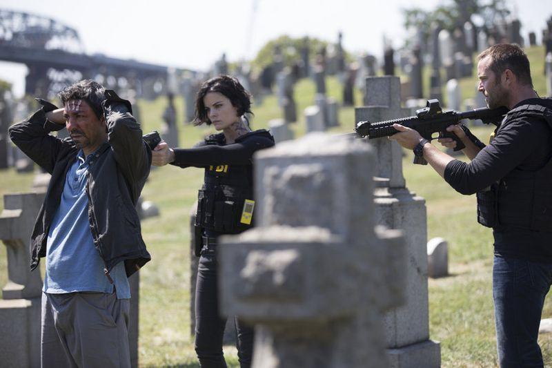 "BLINDSPOT -- ""Split The Law"" Episode 105 -- Pictured: (l-r) Ayman Samman as Dodi, Jaimie Alexander as Jane Doe, Sullivan Stapleton as Kurt Weller -- (Photo by: Paul Sarkis/NBC)"