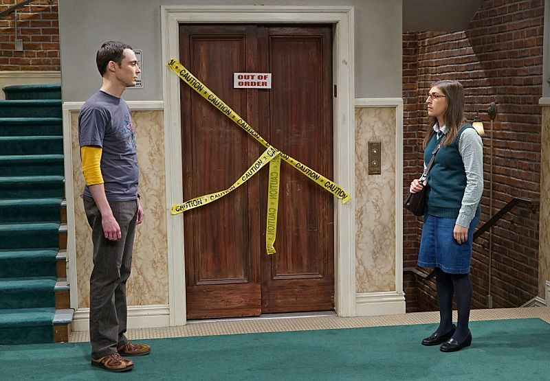 """""""The Perspiration Implementation"""" -- The guys take a fencing lesson from Barry Kripke and Sheldon (Jim Parsons, left) finds himself in an awkward position when Kripke expresses interest in Amy (Mayim Bialik, right), on THE BIG BANG THEORY, Monday, Oct. 19 (8:00-8:31 PM, ET/PT), on the CBS Television Network Photo: Monty Brinton/CBS ©2015 CBS Broadcasting, Inc. All Rights Reserved"""