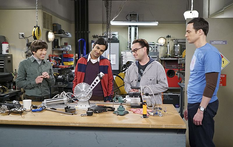 """""""The Perspiration Implementation"""" -- The guys take a fencing lesson from Barry Kripke and Sheldon finds himself in an awkward position when Kripke expresses interest in Amy, on THE BIG BANG THEORY, Monday, Oct. 19 (8:00-8:31 PM, ET/PT), on the CBS Television Network. Pictured left to right: Simon Helberg, Kunal Nayyar, Johnny Galecki and Jim Parsons Photo: Monty Brinton/CBS ©2015 CBS Broadcasting, Inc. All Rights Reserved"""