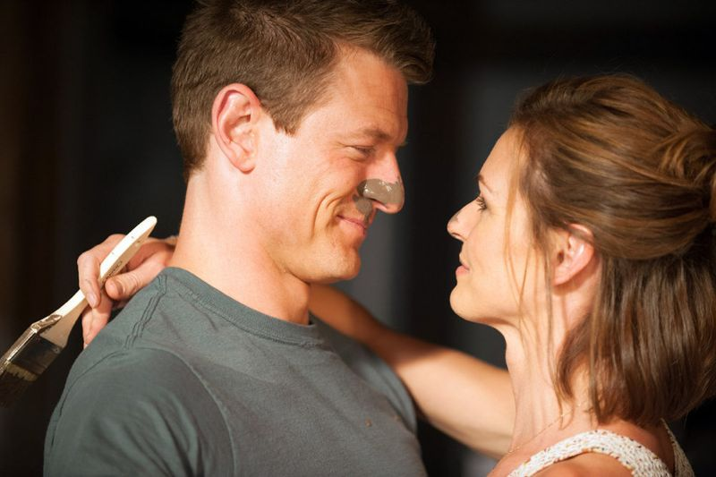 """THE PLAYER -- """"The Big Blind"""" Episode 103 -- Pictured: (l-r) Philip Winchester as Alex, Daisy Betts as Ginny -- (Photo by: Colleen Hayes/NBC)"""