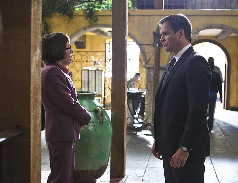 """""""Blame It On Rio"""" -- Pictured: Linda Hunt (Henrietta """"Hetty"""" Lange) and Special Agent DiNozzo (Michael Weatherly). NCIS Special Agent DiNozzo (Michael Weatherly) partners with the NCIS: Los Angeles team to search the city after his prisoner escapes custody on a flight from Singapore to Los Angeles, on NCIS: LOS ANGELES, Monday, Oct. 19 (9:59-11:00 PM, ET/PT), on the CBS Television Network. Photo: Sonja Flemming/CBS ©2015 CBS Broadcasting, Inc. All Rights Reserved."""