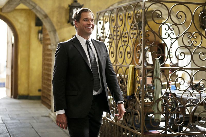 """""""Blame It On Rio"""" -- Pictured: Special Agent DiNozzo (Michael Weatherly). NCIS Special Agent DiNozzo (Michael Weatherly) partners with the NCIS: Los Angeles team to search the city after his prisoner escapes custody on a flight from Singapore to Los Angeles, on NCIS: LOS ANGELES, Monday, Oct. 19 (9:59-11:00 PM, ET/PT), on the CBS Television Network. Photo: Sonja Flemming/CBS ©2015 CBS Broadcasting, Inc. All Rights Reserved."""