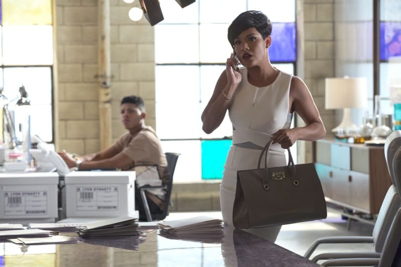 """EMPIRE: Pictured L-R: Bryshere Gray as Hakeem Lyon and Grace Gealey as Anika in the """"Poor Yorick"""" episode of EMPIRE airing Wednesday, Oct. 14 (9:00-10:00 PM ET/PT) on FOX. ©2015 Fox Broadcasting Co. Cr: Chuck Hodes/FOX."""
