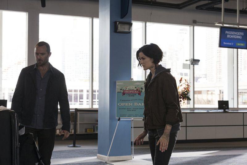 "BLINDSPOT -- ""Bone May Rot"" Episode 104 -- Pictured: (l-r) Sullivan Stapleton as Kurt Weller, Jaimie Alexander as Jane Doe -- (Photo by: Christopher Saunders/NBC)"