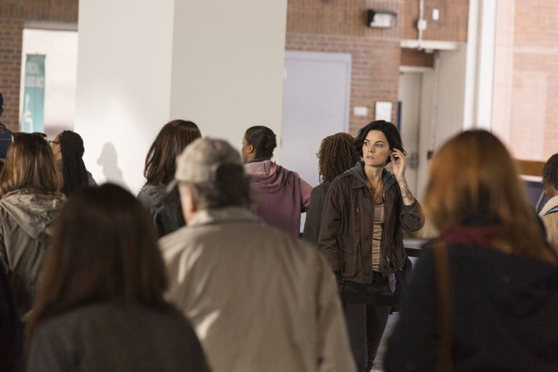 """BLINDSPOT -- """"Bone May Rot"""" Episode 104 -- Pictured: Jaimie Alexander as Jane Doe -- (Photo by: Christopher Saunders/NBC)"""