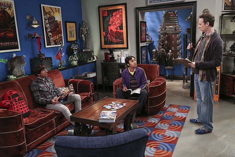 """""""The 2003 Approximation"""" -- Howard (Simon Helberg, left) and Raj (Kunal Nayyar, center) form a band to play at the Comic Book Store, on THE BIG BANG THEORY, Monday, Oct. 12 (8:00-8:31 PM, ET/PT), on the CBS Television Network. Also Pictured: Kevin Sussman (right) Photo: Darren Michaels/Warner Bros. Entertainment Inc. © 2015 WBEI. All rights reserved."""
