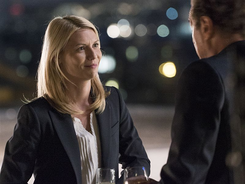 Claire Danes as Carrie Mathison and Sebastian Koch as Otto During in Homeland (Season 5, Episode 2). - Photo: Stephan Rabold/SHOWTIME - Photo ID: Homeland_502_5615.R