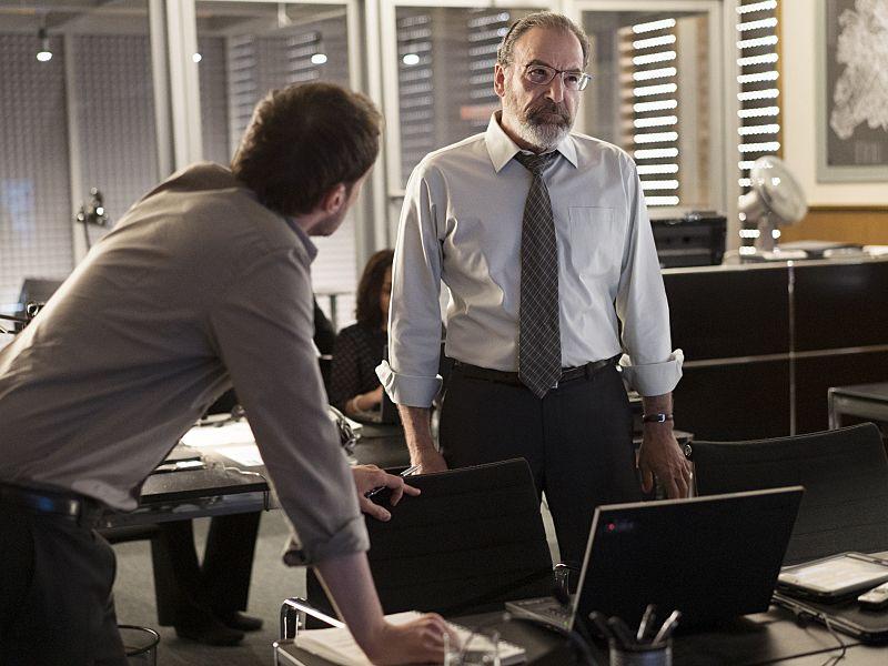 Mandy Patinkin as Saul Berenson in Homeland (Season 5, Episode 2). - Photo: Stephan Rabold/SHOWTIME - Photo ID: Homeland_502_2751.R