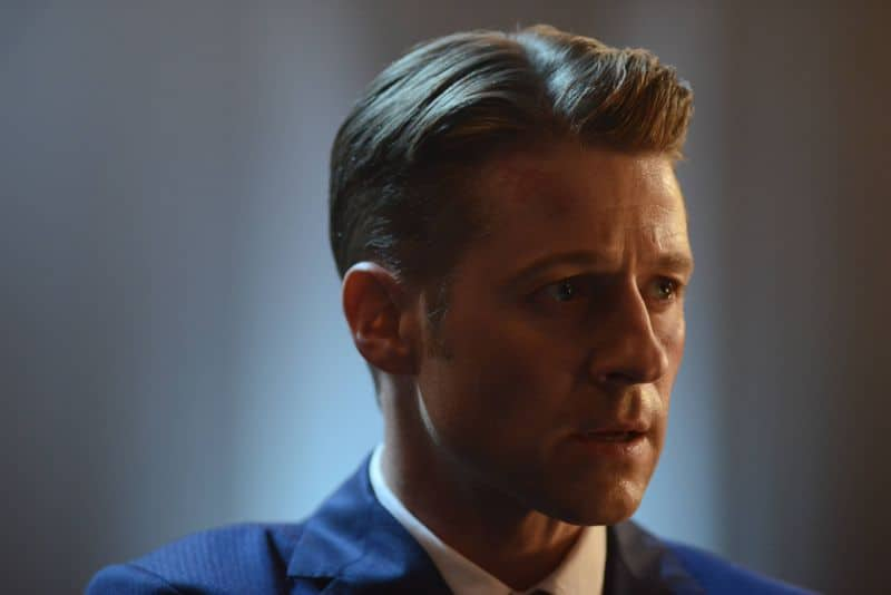 "GOTHAM: Gordon (Benjamin McKenzie) in ""Rise of the Villains: The Last Laugh"" episode of GOTHAM airing Monday, Oct. 5 (8:00-9:00 PM ET/PT) on FOX. ©2015 Fox Broadcasting Co. Cr: Nicole Rivelli/FOX."