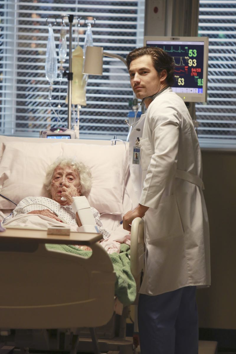 """GREY'S ANATOMY - """"Old Time Rock'n Roll"""" -- Owen suggests the interns learn a vital lesson on how to break bad news to patients' families, and Arizona's 90-year-old patient reassures her that she's destined to find love again. Meanwhile, the sisters completely forget about the dinner party they're hosting for everyone, on """"Grey's Anatomy,"""" THURSDAY, OCTOBER 15 (8:00--9:00 p.m., ET) on the ABC Television Network. (ABC/Ron Tom) ANN MORGAN GUILBERT, GIACOMO GIANNIOTTI"""