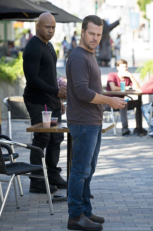 """""""Command & Control"""" -- Pictured: LL COOL J (Special Agent Sam Hanna) and Chris O'Donnell (Special Agent G. Callen). Callen and Sam are forced to work on their day off when they mysteriously receive a cell phone and the caller threatens the lives of innocent people, on the special 150th episode of NCIS: LOS ANGELES, Monday, Oct. 12 (10:00-11:00, ET/PT), on the CBS Television Network. Photo: Neil Jacobs/CBS ©2015 CBS Broadcasting, Inc. All Rights Reserved"""