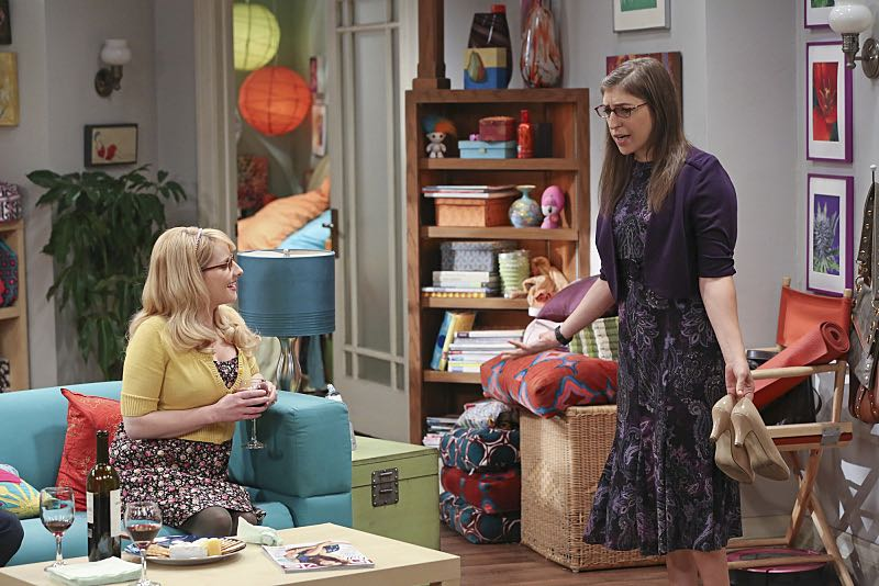 """""""The Mystery Date Observation"""" -- When Amy is coy with details about a guy she is dating, Penny and Bernadette decide to spy, on THE BIG BANG THEORY, Thursday, Nov. 12 (8:00-8:31 PM, ET/PT), on the CBS Television Network. Pictured left to right: Melissa Rauch and Mayim Bialik Photo: Michael Yarish/Warner Bros. Entertainment Inc. © 2015 WBEI. All rights reserved."""