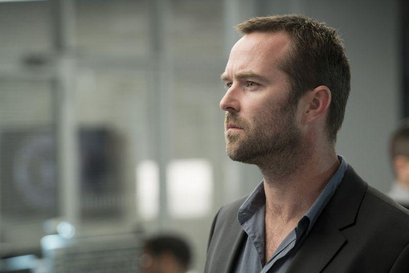 """BLINDSPOT -- """"Persecute Envoys"""" Episode 108 -- Pictured: Sullivan Stapleton as Kurt Weller -- (Photo by: Peter Kramer/NBC)"""
