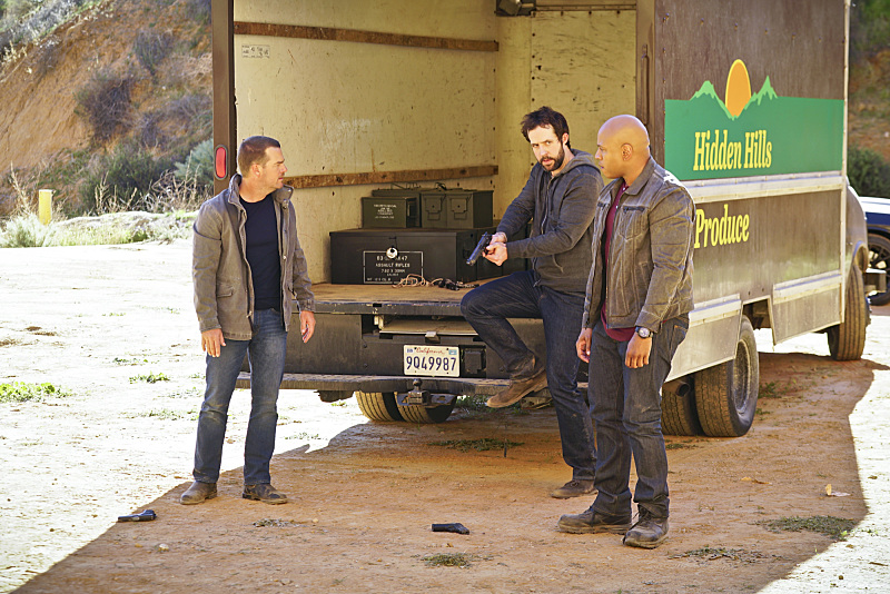 """Head of the Snake"" -- Pictured: Chris O'Donnell (Special Agent G. Callen), Peter Cambor (Operational Psychologist Nate Getz) and LL COOL J (Special Agent Sam Hanna). After Operational Psychologist Nate Getz (Peter Cambor) fails to check in with Hetty while working undercover on a mission linking organized crime to terrorism, the team learns he is working with an infamous crime leader, on NCIS: LOS ANGELES, Monday, April 11 (9:59-11:00, ET/PT), on the CBS Television Network. Photo: Monty Brinton/CBS ©2016 CBS Broadcasting, Inc. All Rights Reserved."