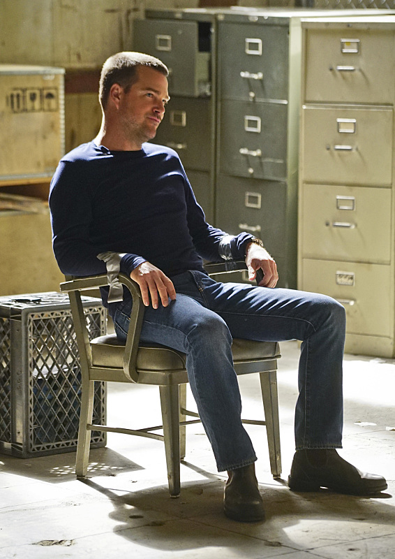 """Head of the Snake"" -- Pictured: Chris O'Donnell (Special Agent G. Callen). After Operational Psychologist Nate Getz (Peter Cambor) fails to check in with Hetty while working undercover on a mission linking organized crime to terrorism, the team learns he is working with an infamous crime leader, on NCIS: LOS ANGELES, Monday, April 11 (9:59-11:00, ET/PT), on the CBS Television Network. Photo: Monty Brinton/CBS ©2016 CBS Broadcasting, Inc. All Rights Reserved."
