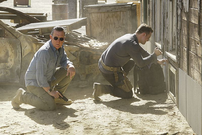 """""""Djibouti Call"""" -- While on a secret mission in Djibouti, Africa, with his new Homeland protégé, Tim Armstrong (Scott Porter), Cabe is captured and Team Scorpion must save him, on SCORPION, Monday, March 21 (9:00-9:59 PM, ET/PT) on the CBS Television Network.   Pictured: Robert Patrick as Agent Cabe Gallo, Tim Armstrong as Scott Porter.   Photo: Sonja Flemming/CBS ©2016 CBS Broadcasting, Inc. All Rights Reserved"""
