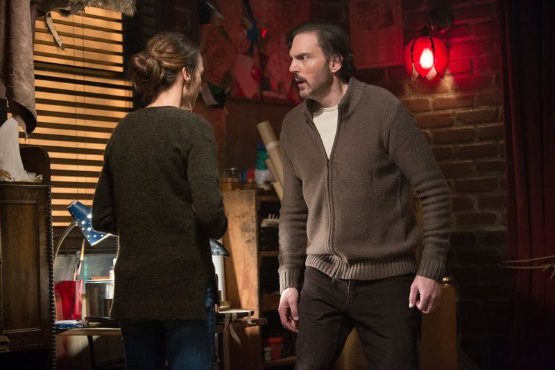 """GRIMM -- """"Silence of the Slams"""" Episode 513 -- Pictured: (l-r) Bree Turner as Rosalee Calvert, Silas Weir Mitchell as Monroe -- (Photo by: Scott Green/NBC)"""
