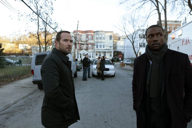 "BLINDSPOT -- ""Rules In Defiance"" Episode 114 -- Pictured: (l-r) Sullivan Stapleton as Kurt Weller, Rob Brown as Reade -- (Photo by: Giovanni Rufino/NBC)"