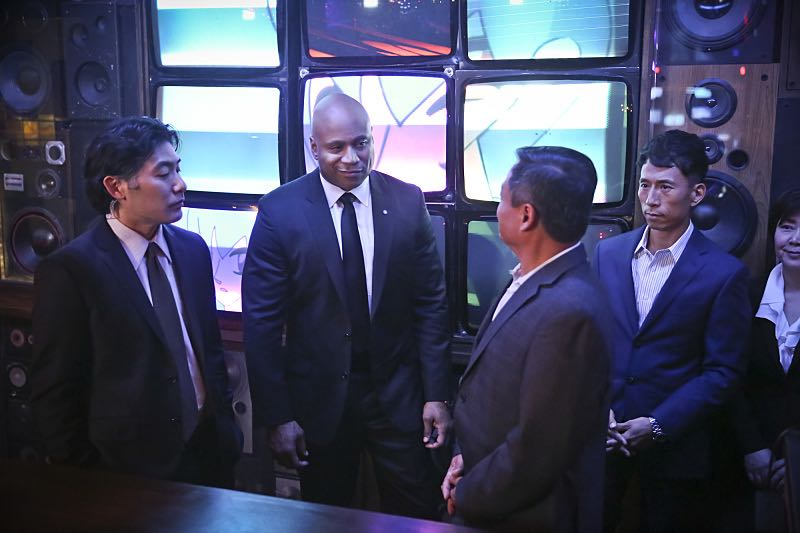 """""""Seoul Man"""" -- Pictured: LL COOL J (Special Agent Sam Hanna). While assigned to protective details for the commander of the Pacific Command, the team searches for a North Korean spy, on NCIS: LOS ANGELES, Monday, March 28 (9:59-11:00, ET/PT), on the CBS Television Network. Photo: Cliff Lipson/CBS ©2016 CBS Broadcasting, Inc. All Rights Reserved"""