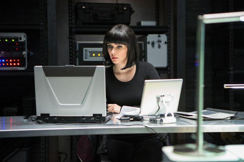 """GRIMM -- """"Into The Schwarzwald"""" Episode 512 -- Pictured: Bitsie Tulloch as Juliette Silverton -- (Photo by: Scott Green/NBC)"""