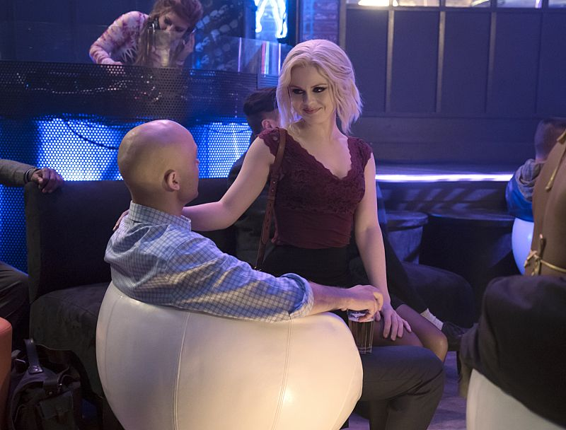 "iZombie -- Image Number: ZMB216b_0051.jpg -- ""Pour Some Sugar, Zombie"" -- Pictured: Rose McIver as Liv -- Photo: Katie Yu/The CW -- © 2016 The CW Network, LLC. All rights reserved."