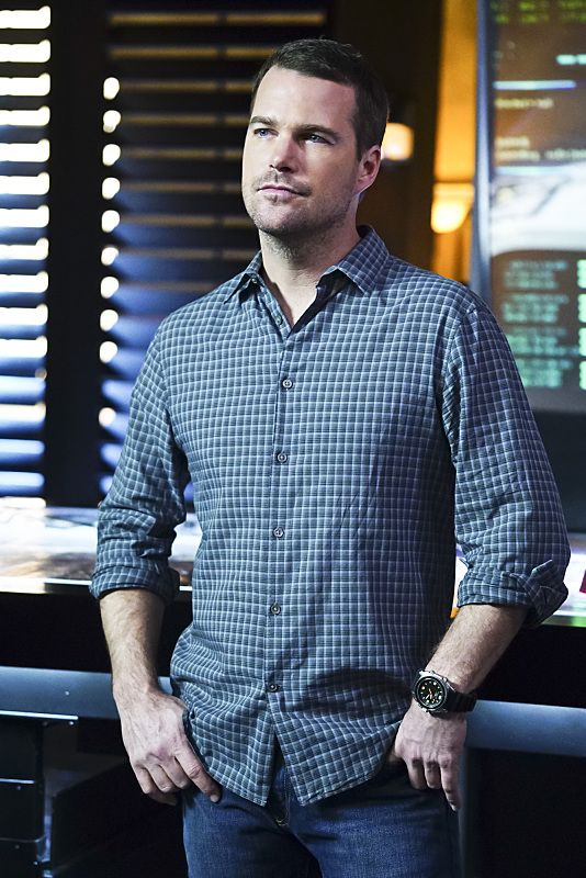 """""""Exchange Rate"""" -- Pictured: Chris O'Donnell (Special Agent G. Callen). When a convicted Cuban spy escapes U.S. custody just before he is set to return to his country in a prisoner exchange, the team is shocked to learn that Anna (Bar Paly) helped him break out. Also, Deeks admits to Kensi that he thinks she is too messy, on NCIS: LOS ANGELES, Monday, March 14 (9:59-11:00 PM, ET/PT), on the CBS Television Network. Photo: Sonja Flemming/CBS ©2016 CBS Broadcasting, Inc. All Rights Reserved."""