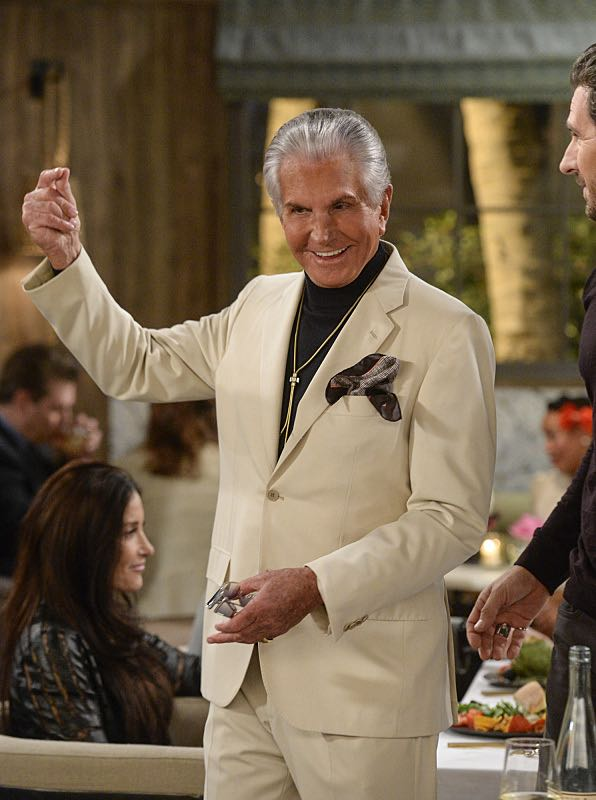 """And You Bet Your Ass"" -- Pictured: Bob (George Hamilton). Caroline continues meeting with studio writers in an effort to make her life story into a movie, but she is torn when they reveal they would not portray Max in the project. Also, Max is being spoiled by her new Hollywood beau, Randy (Ed Quinn), who sets Caroline up on a date with his friend, Bob, on 2 BROKE GIRLS, Thursday, March 3 (9:30-10:00 PM, ET/PT) on the CBS Television Network. George Hamilton guest stars as Bob, a former studio mogul. Photo: Darren Michaels/Warner Bros. Entertainment Inc. © 2016 WBEI. All rights reserved."
