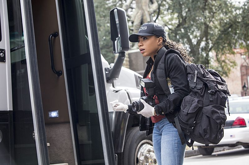 """""""If it Bleeds, it Leads"""" -- NCIS Special Agent Brody believes that a sailor hit by a party bus in the French Quarter is connected to her sister's death after the NCIS team discovers similarities between the two. Also, the team prepares for St. Patrick's Day festivities in New Orleans, on NCIS: NEW ORLEANS, Tuesday, March 15 (9:00-10:00 PM, ET/PT), on the CBS Television Network. Pictured: Shalita Grant as Sonja Percy Photo: Skip Bolen/CBS ©2016 CBS Broadcasting, Inc. All Rights Reserved"""