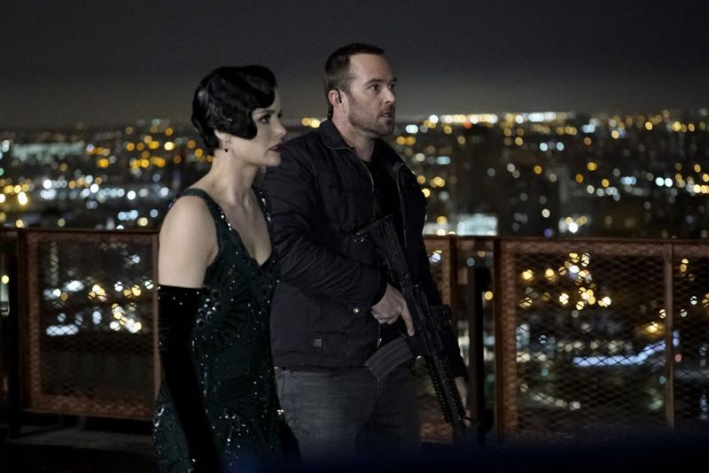"BLINDSPOT -- ""One Begets Technique"" Episode 118 -- Pictured: (l-r) Jaimie Alexander as Jane Doe, Sullivan Stapleton as Kurt Weller -- (Photo by: Peter Kramer/NBC)"