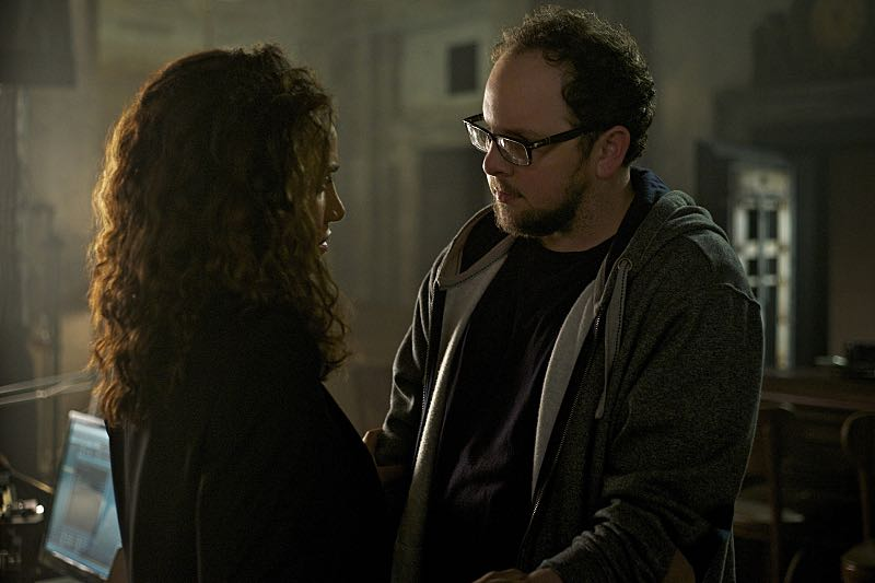 """Beauty and the Beast -- """"Monsieur et Madame Bete"""" -- Image Number: BB401a_0040.jpg -- Pictured (L-R): Nina Lisandrello as Tess and Austin Basis as JT -- Photo: Sven Frenzel/The CW ó © 2016 The CW Network. All Rights Reserved."""