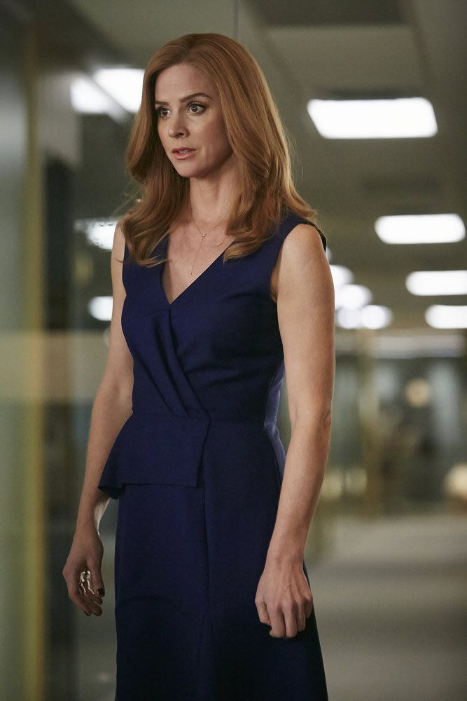 SUITS -- Episode 601 -- Pictured: Sarah Rafferty as Donna Paulsen -- (Photo by: Ian Watson/USA Network)