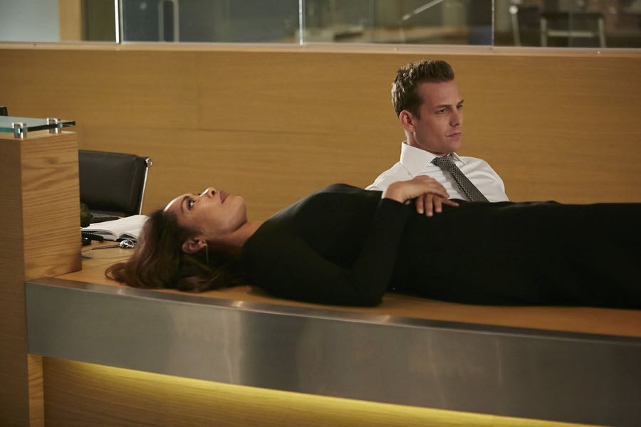 SUITS -- Episode 601 -- Pictured: (l-r) Gina Torres as Jessica Pearson, Gabriel Macht as Harvey Specter -- (Photo by: Ian Watson/USA Network)