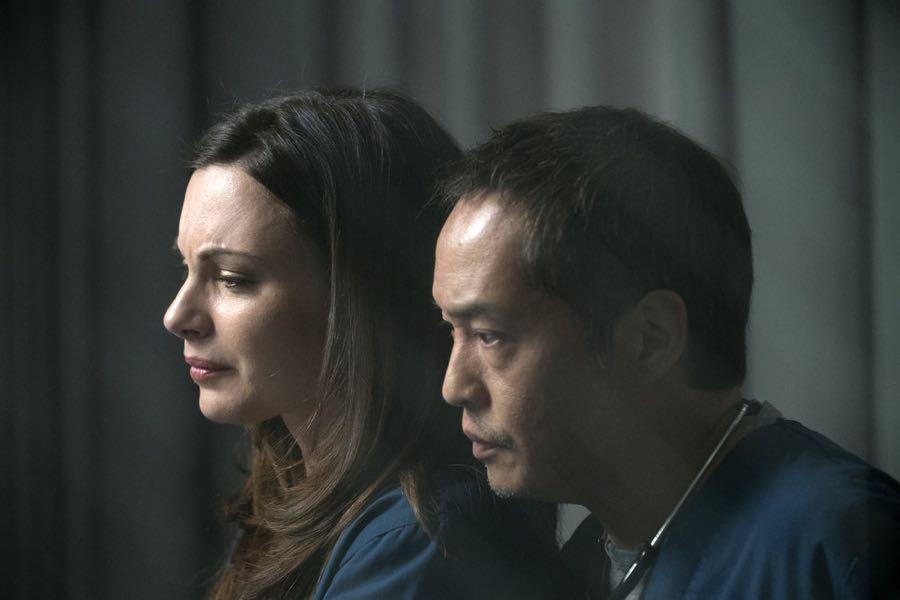"""THE NIGHT SHIFT-- """"Get Busy Living"""" Episode 305 -- Pictured: (l-r) Jill Flint as Dr. Jordan Alexander, Ken Leung as Dr. Topher Zia -- (Photo by: John Britt/NBC)"""