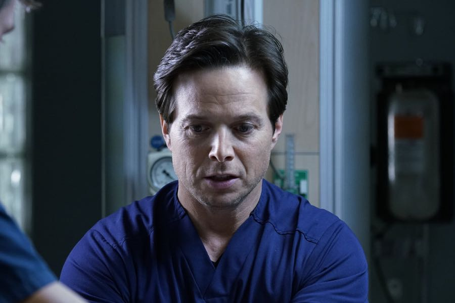"""THE NIGHT SHIFT-- """"Get Busy Living"""" Episode 305 -- Pictured: (l-r) Scott Wolf as Dr. Scott Clemmens -- (Photo by: John Britt/NBC)"""