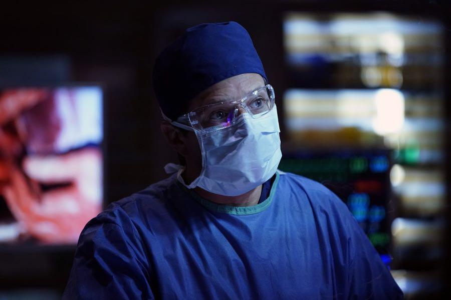 "THE NIGHT SHIFT-- ""Get Busy Living"" Episode 305 -- Pictured: Scott Wolf as Dr. Scott Clemmens -- (Photo by: John Britt/NBC)"