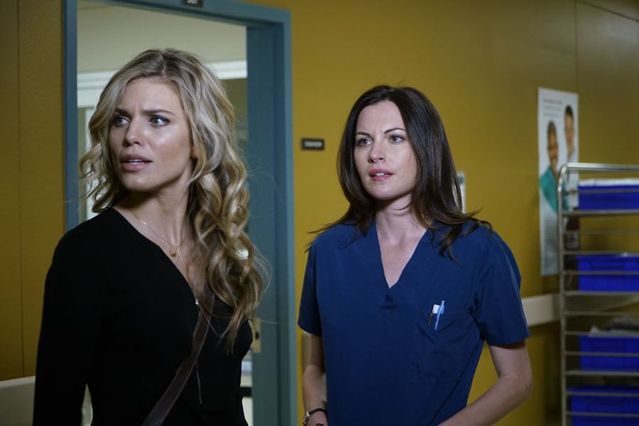 "THE NIGHT SHIFT-- ""Get Busy Living"" Episode 305 -- Pictured: (l-r) Annalynne McCord as Jessica Sanders, Jill Flint as Dr. Jordan Alexander -- (Photo by: John Britt/NBC)"