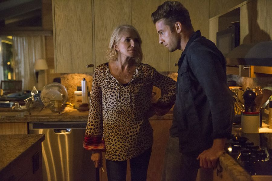 ANIMAL KINGDOM Season 1 Episode 4 Photos Dead To Me 05